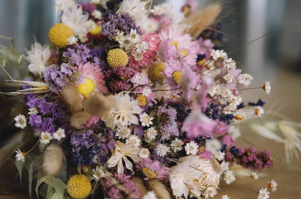 dried flowers arrangements